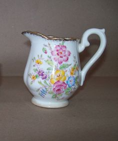 Royal Albert Bone Crown China Creamer  Un-Named Pattern