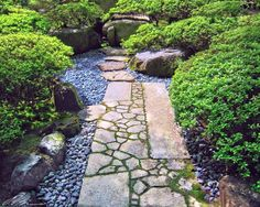 small japanese garden design ideas with stone walkway