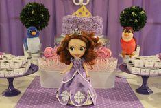 A Royal Celebration | CatchMyParty.com