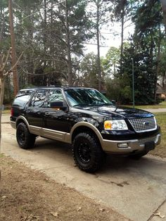 Lifted Ford Expedition~