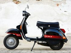Vespa PX200 with Abarth style decals by jurijveselic.com