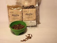 Crickets as a sustainable protein power - Try at www.buggrub.com | #edibleinsects #entomophagy |