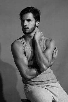 Brazilian, I'm a lover of male beauty Black White Photos, Black And White, Silicone Masks, Male Makeup, Man Photo, All About Eyes, Male Face, Poses, Facial Hair