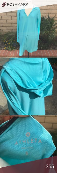 Athleta Hoody Dress Aqua blue fitness dress! Hooded, 2 pockets, waistline draw string. Brand New! Athleta Dresses