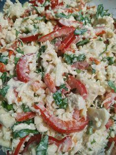Салат с маринованными грибами и Курочкой Софрито #recipe Pasta Salad, Ethnic Recipes, Food, Crab Pasta Salad, Essen, Meals, Yemek, Eten