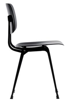 The Revolt chair, originally designed in 1953 by the Dutch industrial designer Friso Kramer, is a true design classic.