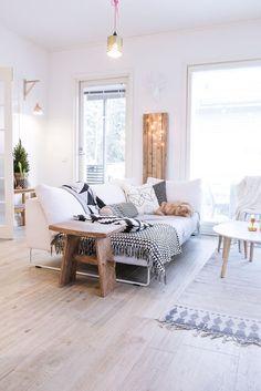 meuble tv scandinave, salon blanc avec meubles scandinaves