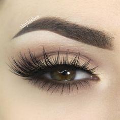 Eye Makeup Tips – How To Apply Eyeliner – Makeup Design Ideas 3d Mink Lashes, Fake Eyelashes, False Lashes, Silk Lashes, Ardell Lashes, Makeup Brush Storage, Makeup Brush Cleaner, Dramatic Eye Makeup, Dramatic Eyes