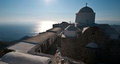 Le monastère du Prophète Elie sur l'île de Sifnos, dans l'archipel des Cyclades, en Grèce