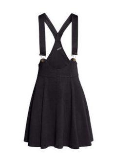 Kup mój przedmiot na #vintedpl http://www.vinted.pl/damska-odziez/krotkie-sukienki/14506156-czarna-sukienka-na-szelkach-marki-hm