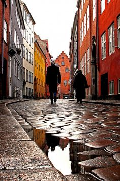 The old streets of #Copenhagen (by Torben Ulrich Bøjstrup)