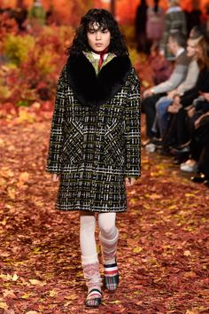 Moncler Gamme Rouge RTW Fall 2017