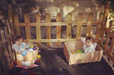 Caixas de papel e bolas Outdoor Furniture, Outdoor Decor, Home Decor, Carton Box, Boxes, Activities For Babies, Balls, Decoration Home, Room Decor