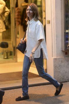 Sofia Coppola - Sofia Coppola Keeps Busy in Rome