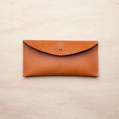 Stud Wallet / Tan ++ stitch & hammer