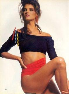 Making Waves, US Vogue December 1987 Photo Irving Penn Model Linda Evangelista Linda Evangelista, 80s Fashion, Vintage Fashion, Irving Penn, Canadian Models, Role Models, Style Icons, Supermodels, Fashion Photography
