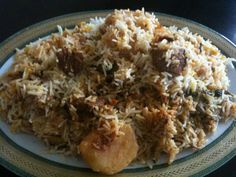 Ingredients: Mutton 1 kg. Black cardamom 2 Cinammon stick 1 Cloves Black peppercorns Cumin see… Easy Chicken Recipes, Veggie Recipes, Indian Food Recipes, Asian Recipes, Rice Recipes, Veggie Food, Food Food, Pakistani Dishes, Indian Dishes