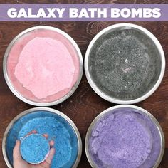What you need: Have An Out Of This World Spa Night With These Galaxy Bath Bombs Homemade Beauty, Homemade Gifts, Diy Beauty, Beauty Secrets, Beauty Tips, Galaxy Bath Bombs, Spa Night, Bath Bomb Recipes, Soap Recipes