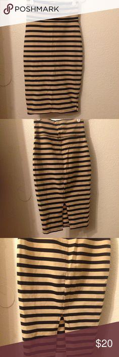 Bebe nude/black tube skirt No flaws, gorg fit, fits S bebe Skirts