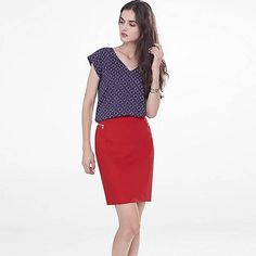 Express Red Skirt With Side Zipper Pockets Brand New. Never Worn. No Trades. Zipper Side Pockets. Express Skirts Mini