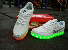 best sneakers b3cca 69d00 Cool High Tops Nikes Dunks Adidas Converse Cartoon Shoes Led Light Up Nike  Air Force One Lighting Soles White Sneakers for adults - The glowing soles  Nike ...