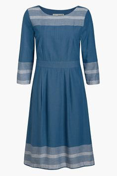 Elegant Seasalt dress inspired by Cornwall. With three quarter sleeves, full skirt and smart stripe trim. Perfect as it is with some colour pop sandals.