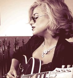 Melody Gardot,right?
