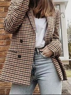 Women Plaid Blazer Autumn Winter Coat Jacket Work Outfits Women Plaid Blazer Autumn Winter Coat Jacket Work Outfits Fall winter fashion street styles ootd ideas Jeans and. Outfits Casual, Blazer Outfits, Blazer Fashion, Classy Outfits, Fashion Outfits, Work Outfits, Winter Outfits, Blazer Dress, Fashion Trends