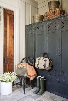 European style farmhouse | home decor | interiors #homedecor #farmhouse #europeanhomedecor Style At Home, Vintage Lockers, Wooden Lockers, Entry Lockers, Vintage Armoire, Garage Entry, Vintage Cabinet, Vintage Closet, Vintage Storage