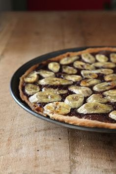 Sweet #chocolate and #banana pizza …just needs a scoop of Banana Split Country Fresh!