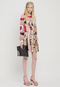 レッド ヴァレンティノ 2015年プレフォールコレクション - 少女が描くロマンティックミリタリー | ニュース - ファッションプレス