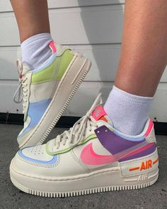 Sneaker Outfits, Sneaker Diy, Sneakers Outfit Summer, Nike Outfits, Zapatillas Nike Air Force, Tenis Nike Air, Nike Air Shoes, Moda Sneakers, Sneakers Mode