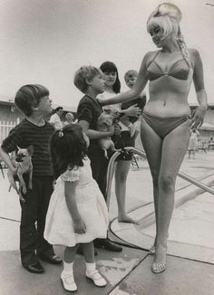 Jayne mansfield and childrens. jayne marie,miklos,zoltan,mariska and tony cimber