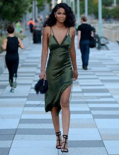 Chanel-Iman-Slip-Dress5.jpg 700×911 pixels