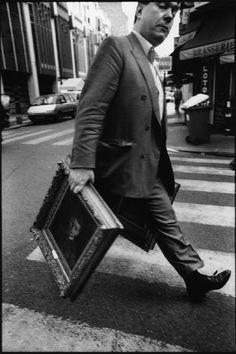 Bruce Gilden - France. Paris. Hotel Drouot. 1999. Art dealer (via Magnum Photos)