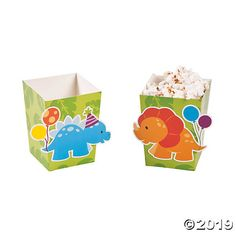 Feed little T-Rexes their dino snacks with these popcorn boxes. A perfect addition to birthday party supplies, these boxes are printed with a fun design of ...