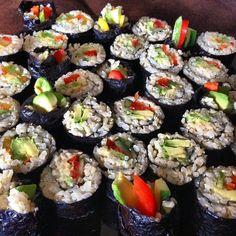 Instagram media by lonijane - Home made vegan brown rice sushi with @annie_om @kayemel YUMMMMMM