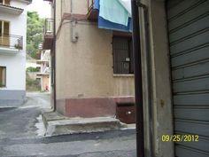 Trebisacce calabria appartamento vendo Casa Trebisacce (Cs) vendo -via bellini 26 – circa 70 mq camera letto-cucina- salottino-bagno. (classe G-IPE>160 )- Ottimo prezzo. Cell.3291873014