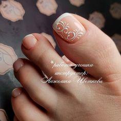 Toe Nail Color, Toe Nail Art, Nail Colors, Wedding Toe Nails, Bride Nails, Wedding Pedicure, Pretty Toe Nails, Cute Toe Nails, French Toe Nails
