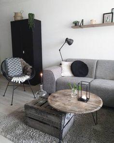 Home Living Room, Apartment Living, Living Room Decor, Small Space Interior Design, Home Room Design, Living Room Inspiration, Cozy House, Furniture Design, Decoration
