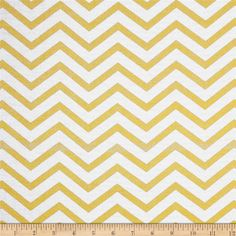 Michael Miller Glitz Metallic Sleek Chevron Pearlized Glitz from @fabricdotcom  From Michael Miller, this cotton print is perfect for quilting, apparel and home decor accents. Colors include white and metallic gold.