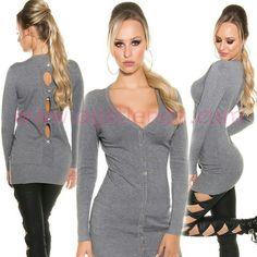 #Original #jerseylargo y #ceñido de #mangalarga con #botones y cuello de pico para #complementar tu #look diario con #efecto #casual y #sexy y lucir combinando con todo nuestro #armario y vernos #fabulosas gracias a su #diseño #vestido de #punto calido #suave y #elastico que #estiliza la figura y #escote en la #espalda con #lazos . Encuentralo en #vestidos de #invierno de http://www.agiltienda.com/es/home/2507-jersey-largo-con-botones.html #shop #taradell #online @agiltienda.es