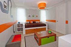 chambre minimaliste aux accents oranges