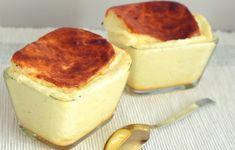 Cheese Souffle - Cooking Come Yummy Snacks, Yummy Food, Cheese Souffle, Souffle Recipes, Fish Dishes, Chocolate Desserts, Chocolate Cake, No Bake Desserts, Food Pictures