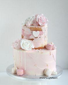 Marsispossu: Ristiäiskakkuja tyttövauvoille Bitty Baby, Amazing Cakes, Vanilla Cake, Baby Shower, Baby Cakes, Birthday Ideas, Party, Desserts, Studio