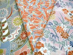 Your place to buy and sell all things handmade Kimono Fabric, Silk Kimono, How To Make Purses, Japanese Kimono, Vintage Japanese, Craft Projects, Fabrics, Quilts, Crafts