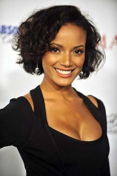 Short black curly hairstyle for black women