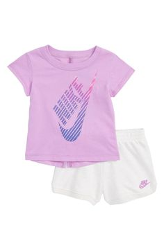 24 months - Nike Gradient Futura Tee & Shorts Set (Baby Girls) Source by kassyscrivner sets clothes clothing nike Baby Girl Romper, Baby Girl Shoes, My Baby Girl, Baby Girls, Baby Baby, Toddler Girls, Newborn Girl Outfits, Kids Outfits Girls, Toddler Outfits