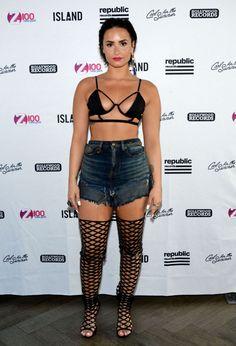 demi lovato black bra top | DEMI LOVATO at a Pool Party in Gansevoort in New York - HawtCelebs ...