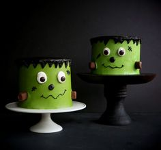 Video Tutorial shows you just how easy it is! Halloween Desserts, Halloween Themed Food, Halloween Cakes, Halloween Inspo, Halloween 2020, Happy Halloween, Halloween Party, Frankenstein, Cupcake Frosting